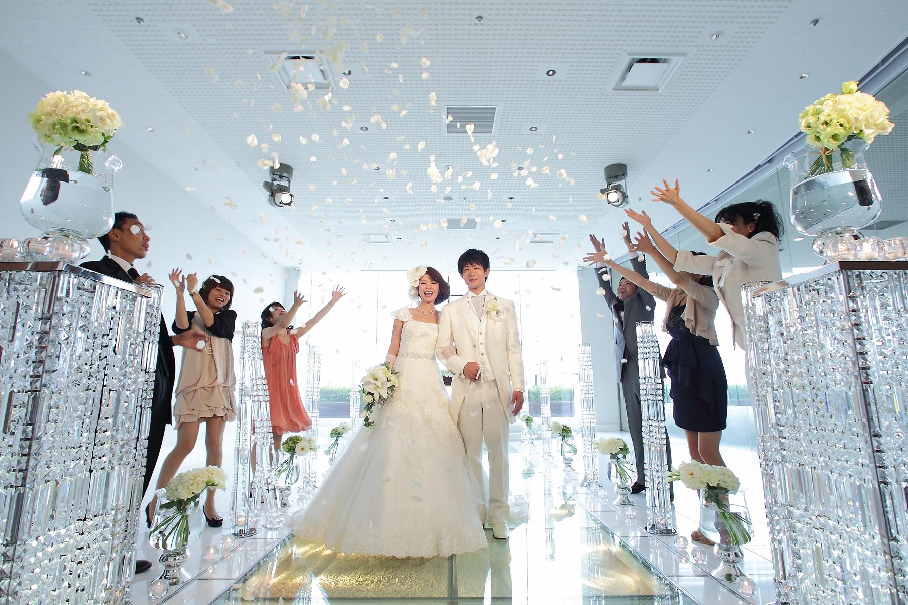 絶景!オーシャン&桜島ビューで叶う『美味しい結婚式』