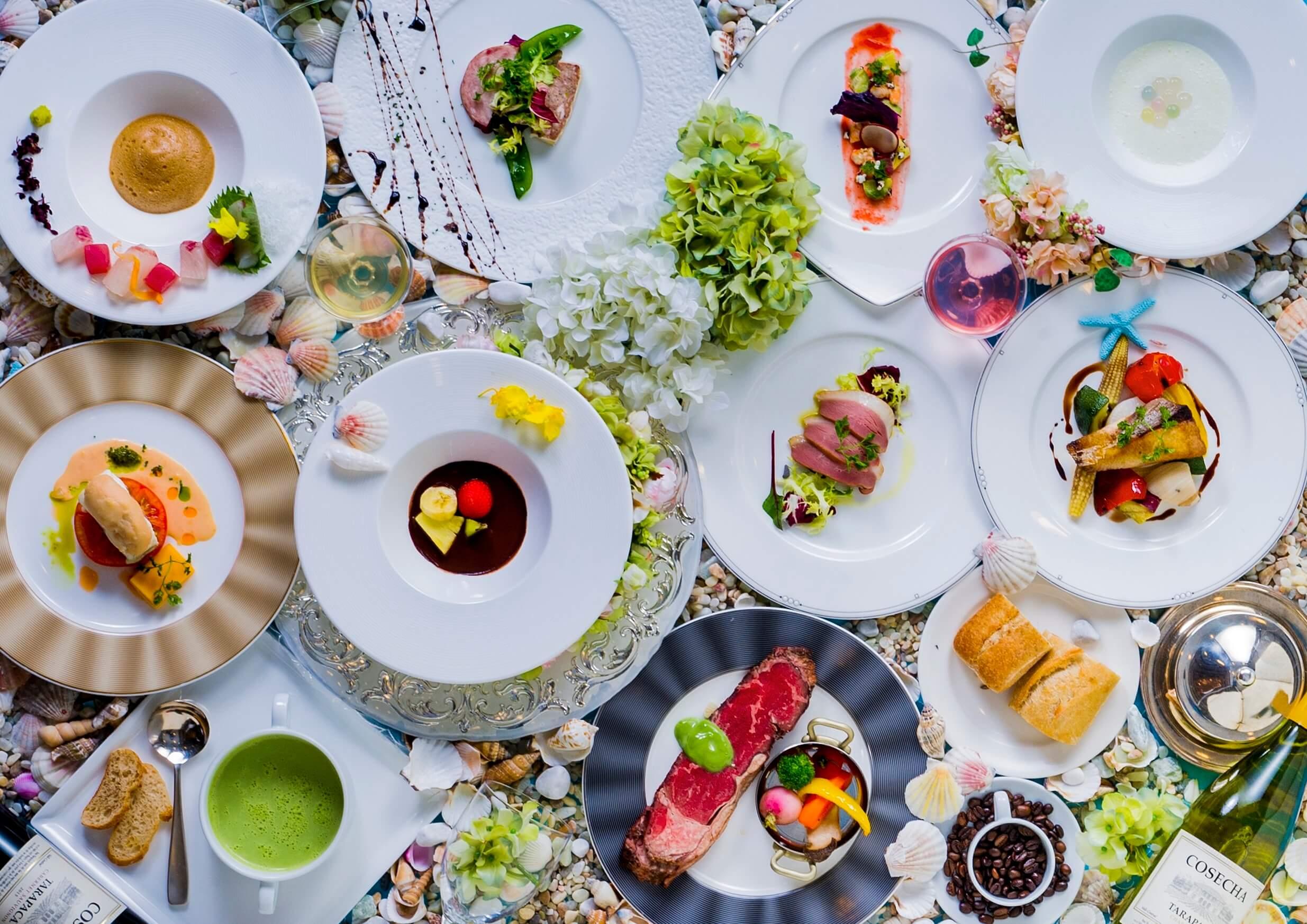 絶景に負けないお料理!Ocean French と名付けたその一皿一皿は透き通るような美しさ