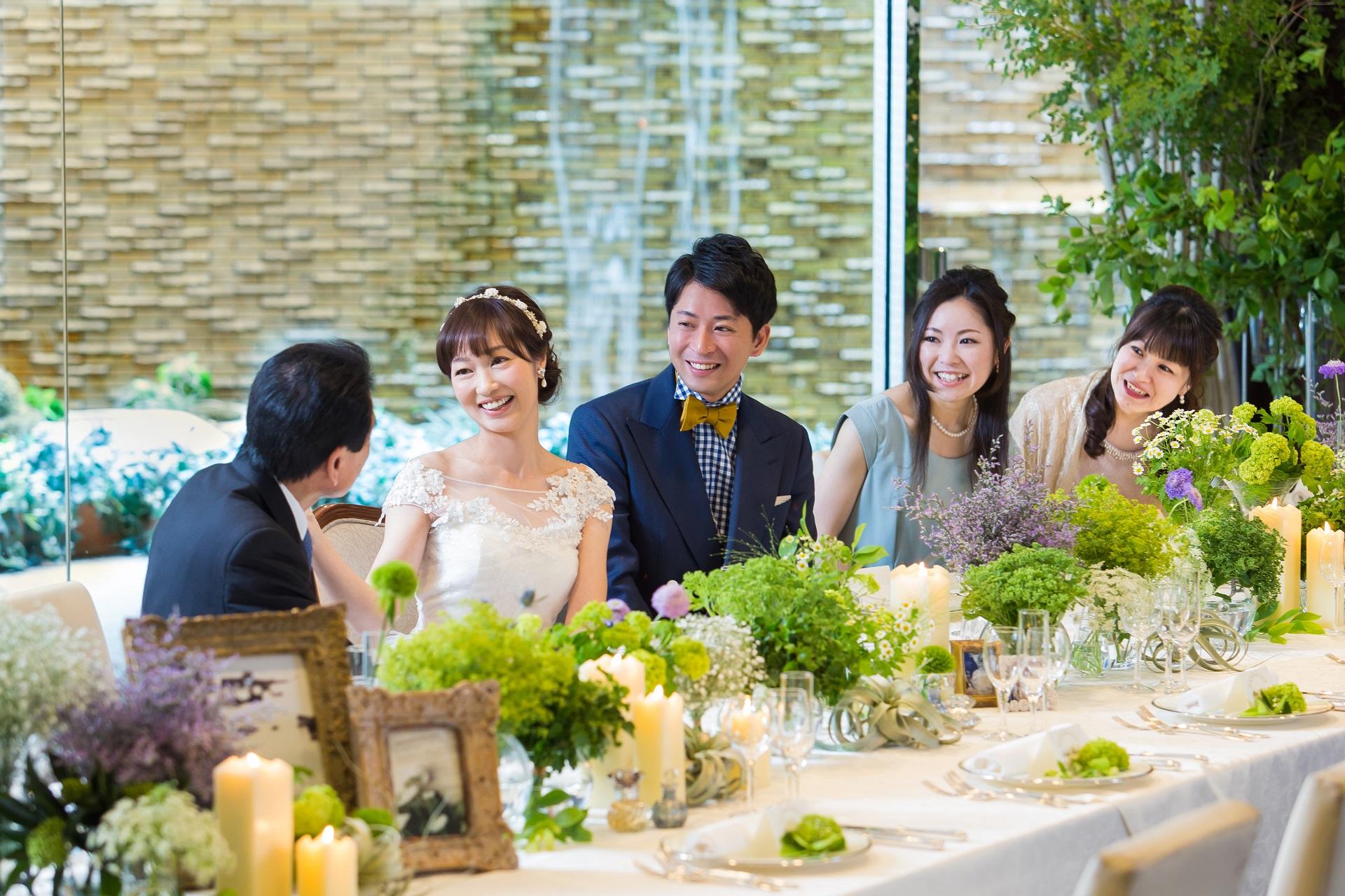 会食スタイルのアットホームな少人数ウエディングプラン|レンブラントホテル大分【公式】婚礼サイト